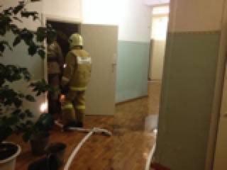 Пожар в омском доме престарелых тушили 38 человек