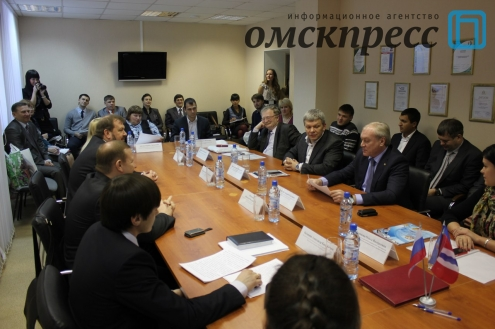 Омские бизнесмены и красноярские лесопромышленники договорились сотрудничать