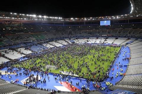 Теракт в Сен-Дени на стадионе Stade de France