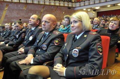 В Омске наградили лучших участковых уполномоченных полиции