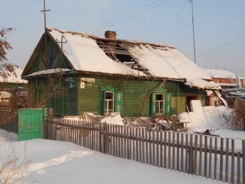 В частном доме Омска произошел пожар