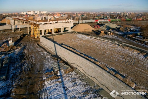 Путепровод в Старом Кировске откроют осенью 2014 года