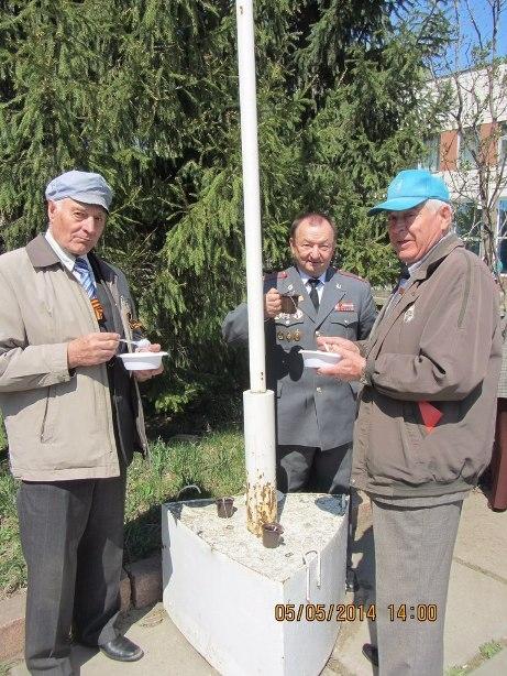 В Кировском округе День Победы отметили велопробегом и полевой кухней
