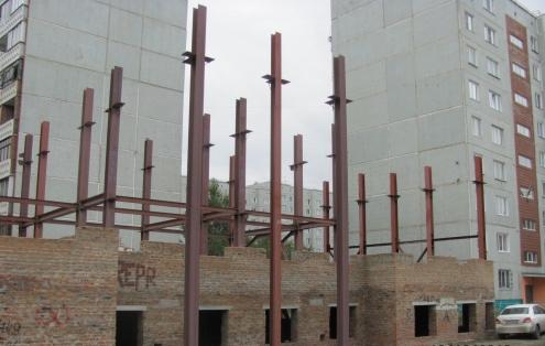 Поликлинику на левом берегу все-таки достроят