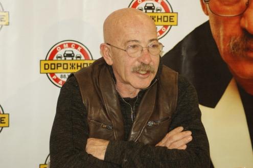 Александр Розенбаум удивился, что в Омске нет метро