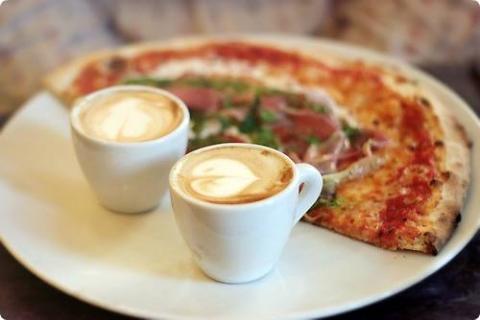 Лучше пиццы может быть только пицца