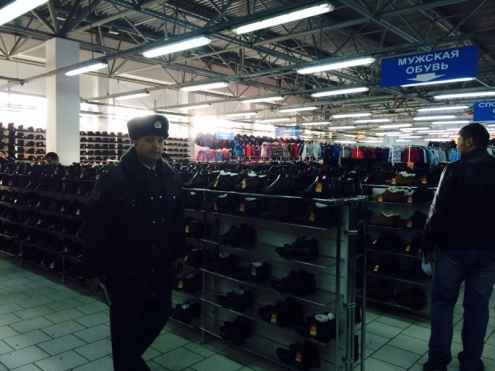 """128 полицейских проверили """"Омское Бирюлёво"""""""