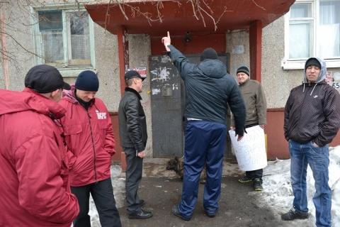 Жители Чкаловского не собираются жить по соседству с наркопритоном