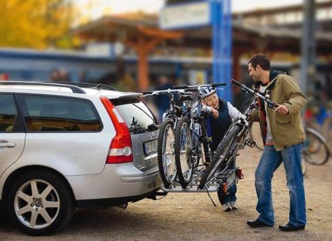 Разновидности багажников для транспортировки велосипедов на легковом автомобиле