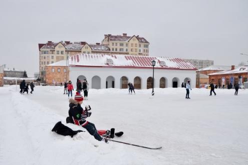 Омский городской каток выпустил свою сувенирную продукцию