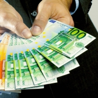 Как получить деньги без поручителей