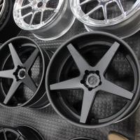 Разнообразие выбора и основные преимущества кованых дисков