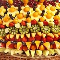В Омске приготовят самый большой букет из фруктов в России и подарят его детям