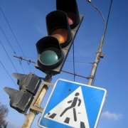 За год в Омске удвоили число новых светофоров