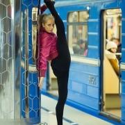 В Омскую область запустят электричку со спортивным тренажёром и монополией
