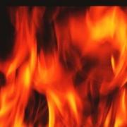 В офисном здании в Омске вспыхнул пожар