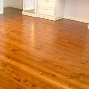 Как выбрать отличное покрытие для деревянного пола?