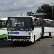 В Омске 28 автобусов и 6 троллейбусов временно пойдут в обход