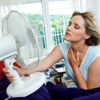 Как бороться с жарой в квартире