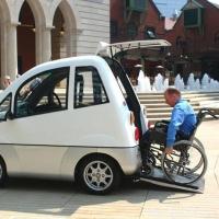 """Управление авто для """"особых"""" водителей"""