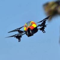 Квадрокоптеры  DJI Inspire 1 и DJI Phantom 2 Vision Plus