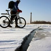 Омичей просят не выходить на лёд