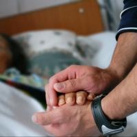 Что необходимо предпринять, когда умер близкий человек?