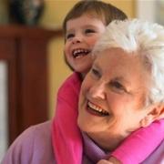 Любимой бабушке – поздравление в стихах