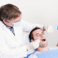 Сохранение здоровья зубов и десен