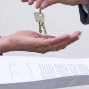 Квартира в подарок сыну… Будет ли он платить налог?
