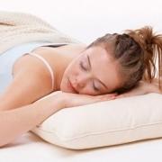 Полезные советы по выбору подушки для сна