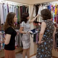 Как правильно выбрать ткань для платья?