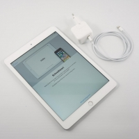 Особенности планшета Apple iPad 32Gb Wi-Fi