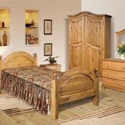 Мебель из сосны в доме, символ благополучия и счастья