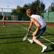 В Нефтяниках откроют свой парк с теннисом и лодками