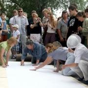 Омскую улицу Ленина увековечили в гравюре