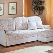 В каких случаях появляется необходимость в ремонте дивана?