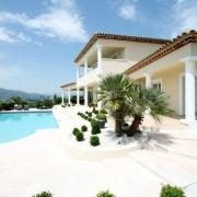 Недвижимость на лазурном берегу Франции