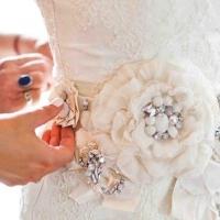 Подбор аксессуаров к свадебному платью
