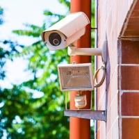 Видеонаблюдение для частного дома: как правильно его организовать и зачем?