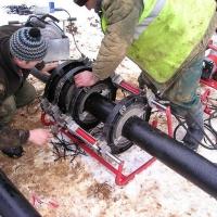 В Центральном округе Омска заменили 180 метров водопроводных труб