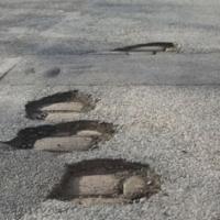 В Омске ремонтируют только треть проблемных дорог