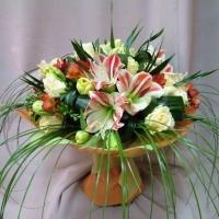 Обрезание цветов – эффективный метод для сохранения свежести цветочного букета