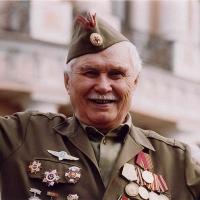Омских ветеранов поздравят команды призывников