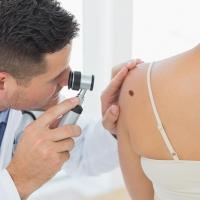 Успешное лекарство клиники в Тель-Авиве дает новую надежду пациентам с меланомой