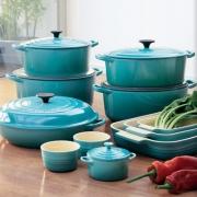 Посуда и аксессуары для кухни Le Creuset