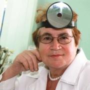 Омский фониатр стала заслуженным врачом России
