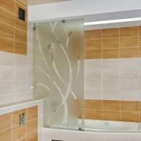 Стеклянная перегородка в ванную