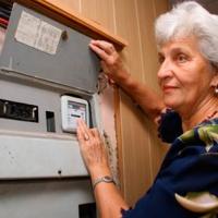 Омичи получат отдельную квитанцию за общедомовые нужды по электричеству