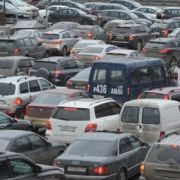 Пробка в Омске на Красном пути растянулась на 6 километров